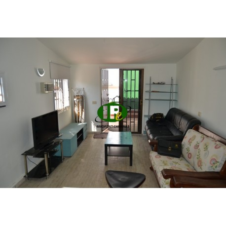 Bungalow with 1 bedroom in a quiet location, side street with terrace - 2