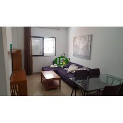 Renovierte Wohnung mit 2 Schlafzimmern in 2. Etage mit Treppenhaus - 10