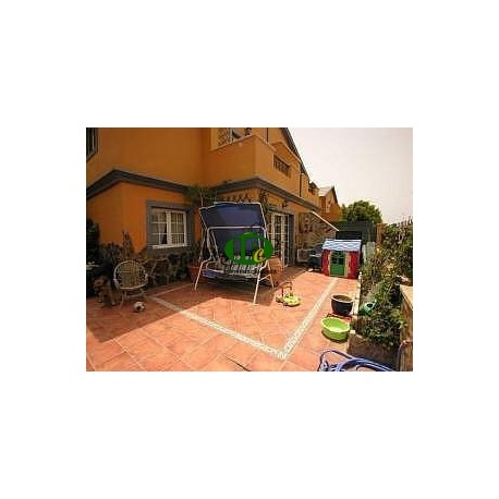 Very nice large detached house with 4 bedrooms and 2 bathrooms - 16