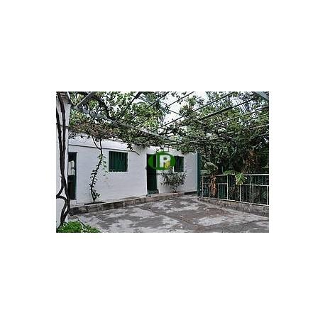 Усадьба с 2 спальнями и 1 ванной комнатой в Фатага - 1