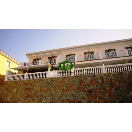 5 different duplex apartments with 3 bedrooms and large terrace - 27