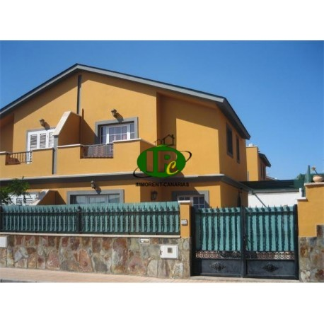 Дом с 3 спальнями и 2 ванными комнатами на 94 кв.м - 4