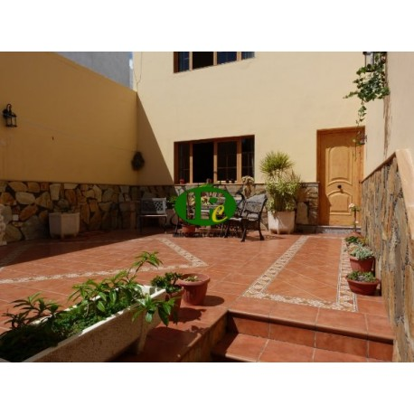 Duplex with 4 bedrooms on a total of 240 sqm - 2