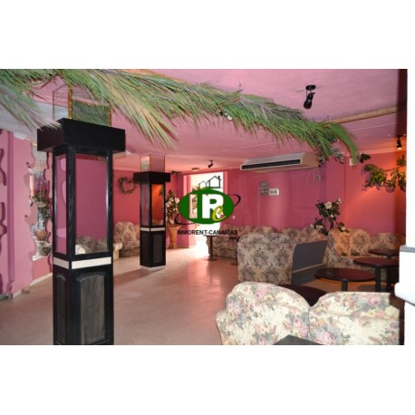 Te huur in sonnenland Bar club social van ongeveer 55 vierkante meter - 1