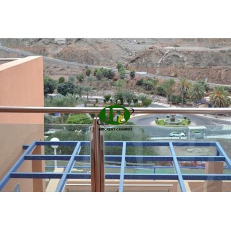 Красивая отремонтированная квартира в современном комплексе с видом на море и горы - 1