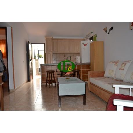 Bungalow de 2 dormitorios en una ubicación popular en el corazón de Playa del Inglés, en una calle lateral