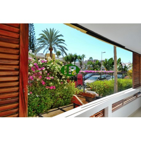 Apartamento con 2 dormitorios y amplio balcón, 1er piso en 2da fila del mar - 13