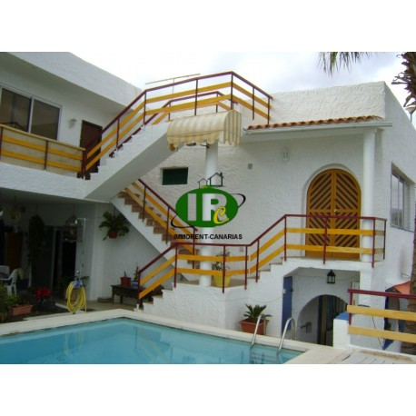 Nice apartment with sea views from the terrace in a quiet area, including Wi-Fi