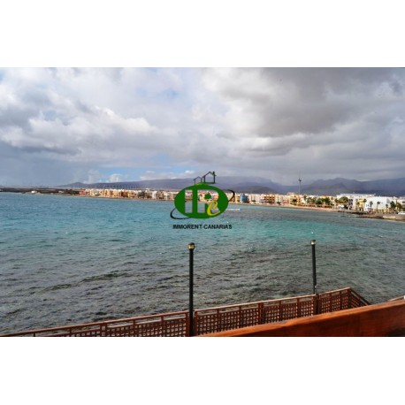 Apartment with 2 bedrooms on 45 sqm 1st row to th in e sea with sea view