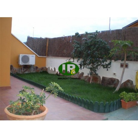 Duplex house with 3 bedrooms and 2 bathrooms on 95 m² living space - 1