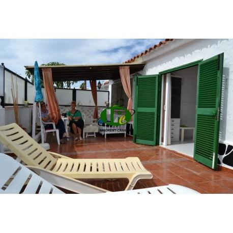 Bungalow met 2 slaapkamers en gesloten terras te huur in Playa del Ingles
