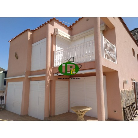 Detached house in a small complex with top sea views in a beautiful, quiet location