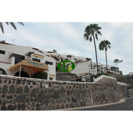 2 bedroom apartment with balcony and sea view for rent in Patalavaca