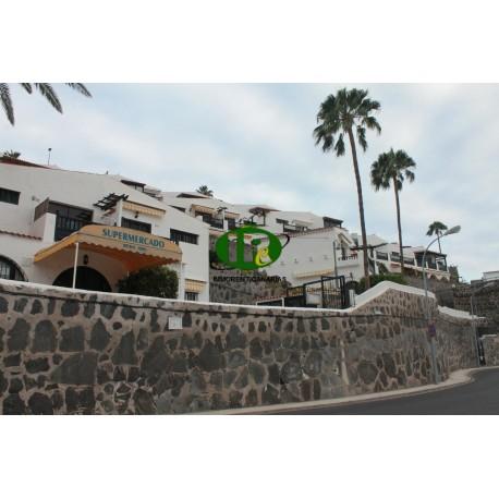 apartamento de dos dormitorios con balcón y vista al mar en alquiler en Patalavaca