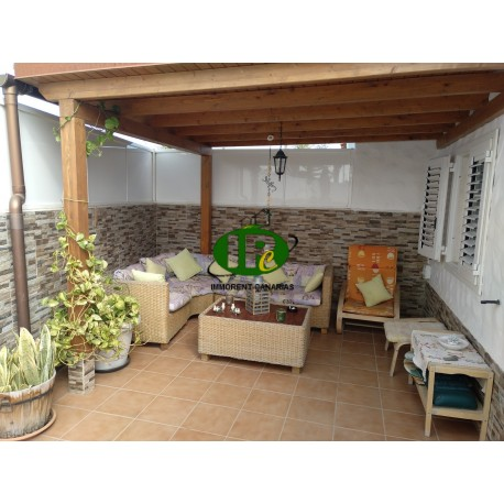 Beautiful large corner bungalow with 2 bedrooms up to 4 people - 1