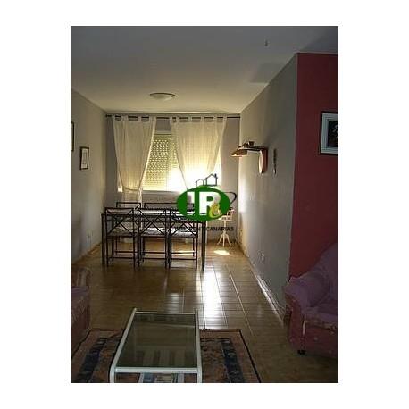 Apartamento con 3 dormitorios y 1 baño - 1
