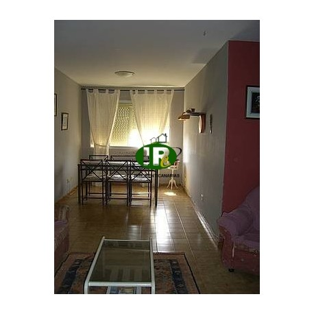 Wohnung mit 3 Schlafzimmer und 1 Badezimmer - 1