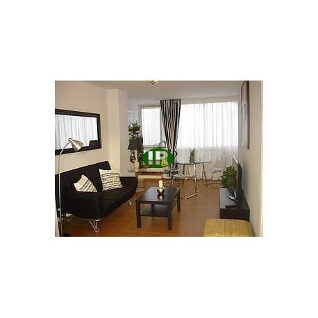 Aguila Playa apartamento de 1 dormitorio en 70 metros cuadrados de espacio habitable justo en el mar. Orientado al este - 1