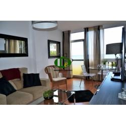 Pas gerenoveerd appartement met 1 slaapkamer en uitzicht op zee - 4