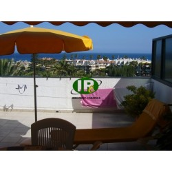 Beautiful bungalow with 1 bedroom, sea view and a very large terrace