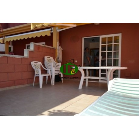 Duplex Bungalow with 1 bedroom. Large terrace, tiled and closed. Seating, sun loungers, awning - 1