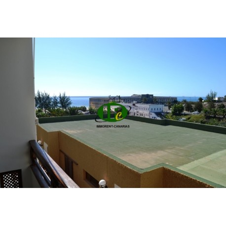 2 bedroom apartment, balcony with seating and sea-view - 3