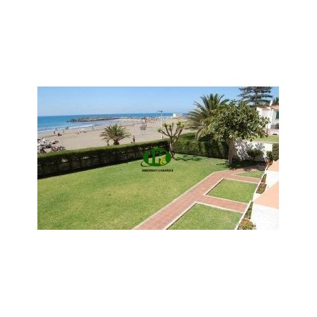 Apartment in 1st row to the beach with 2 bedrooms - 3