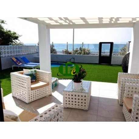 Großes Apartment mit 3 Schlafzimmer und 1 Badezimmer. Auf 120 qm Wohnfläche in 1. Linie zum Meer - 1
