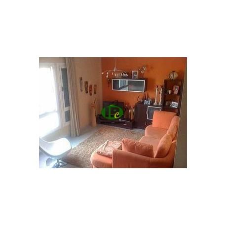 Wohnung mit 3 Schlafzimmer und 2 Bäder