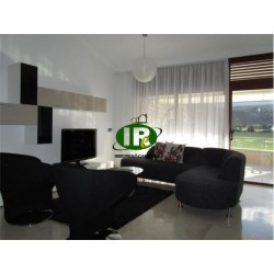 Nice house with 3 bedrooms and 3 bathrooms, very nicely furnished
