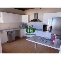 Penthousewohnung über den Dächern von Tablero, mit 2 Schlafzimmer und 1 Bad, große neue Küche - 1