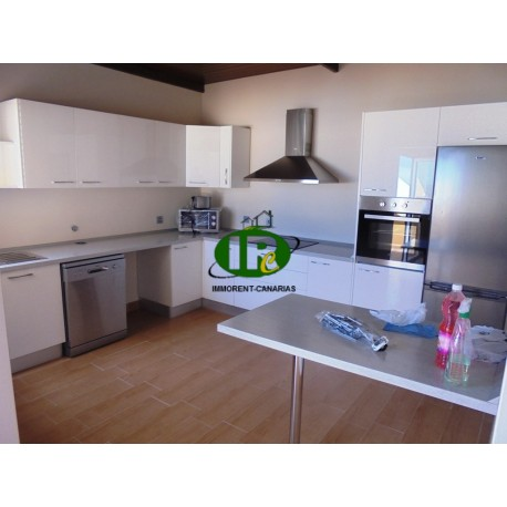 Penthouse apartment above the roofs of Tablero, with 2 bedrooms and 1 bathroom, large new kitchen - 1