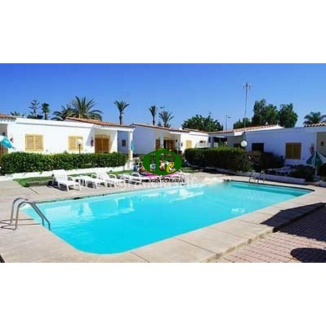 Bungalow met 2 slaapkamers en een terras in Playa del Ingles - 1