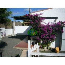 Bungalow mit 1 Schlafzimmer, Terrasse mit Gartenanteil - 1