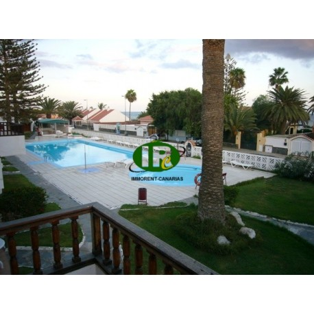 2 bedroom apartment in 1st row to the beach at the beginning of Playa del Ingles