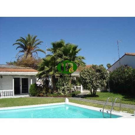 Bungalow mit 1 Schlafzimmer, ZENTRAL Nähe Jumbo-Center, Terrasse mit Gartenanteil - 1