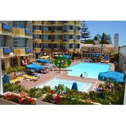Vakantiestudio met balkon in de 2e rij naar de zee op de 1e verdieping - 8