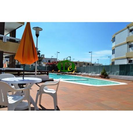 Vakantie appartement met 2 slaapkamers en een terras met uitzicht op de groene in de 2e rij van de zee - 1
