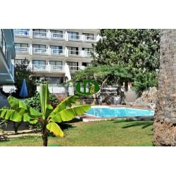 Квартира для отдыха с 2 спальнями. Расположен на первом этаже в небольшом комплексе во 2-м ряду от моря, пр - 11