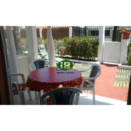 Bungalow de vacaciones con 2 dormitorios, ubicado en un complejo popular cerca del paseo marítimo - 1