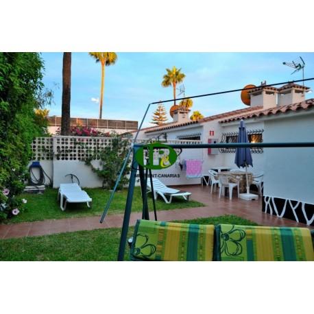Urlaubsbungalow in ruhiger beliebter Lage im Herzen von Playa del Ingels mit 2 Schlafzimmern