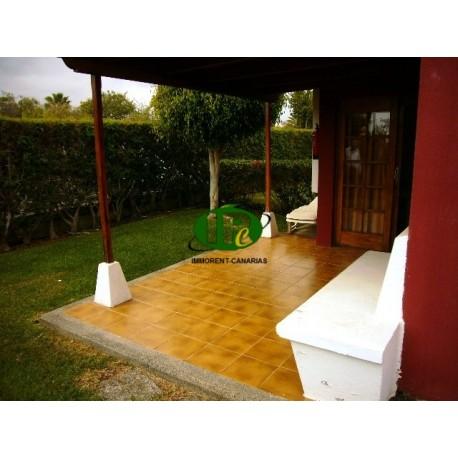 Bungalow de 1 dormitorio en una zona tranquila con terraza y jardín - 1