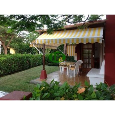 Urlaubsbungalowmit 1 Schlafzimmer auf ca 50 qm Wohnfäche und Terrasse