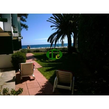 Schöner Bungalow direkt am Strand mit 3 Schlafzimmern, insgesamt nutzbar für Familie bis zu 8 Personen - 1