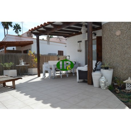Bungalow, newly renovated, with 1 bedroom and very large terrace - 1