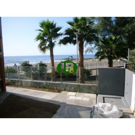 Vakantieappartement met 2 slaapkamers en direct uitzicht op de zee en het strand - 14