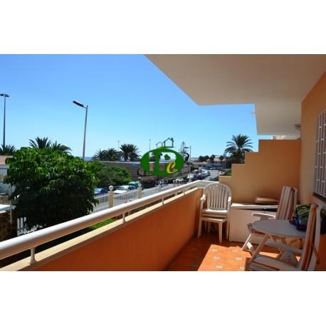 Apartamento de vacaciones, con 2 dormitorios en 2ª fila de mar, 1er piso con vistas al mar y la playa - 1