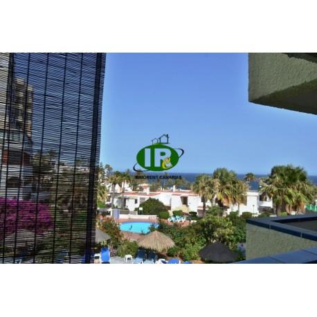 Однокомнатная квартира для отдыха с видом на море во 2-м ряду моря на 2-м этаже - 1