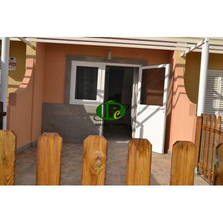 Bungalow reformado de 1 dormitorio en 2 niveles y terraza vallada - 1