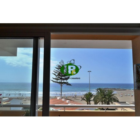 Apartment with 2 bedrooms and sea views located in 2nd row to the fine sandy beach - 3